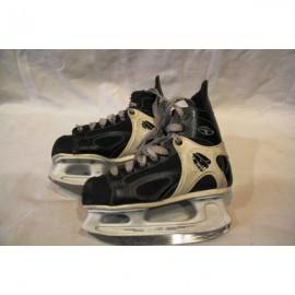 Коньки хоккейные CCM 152 TACKS